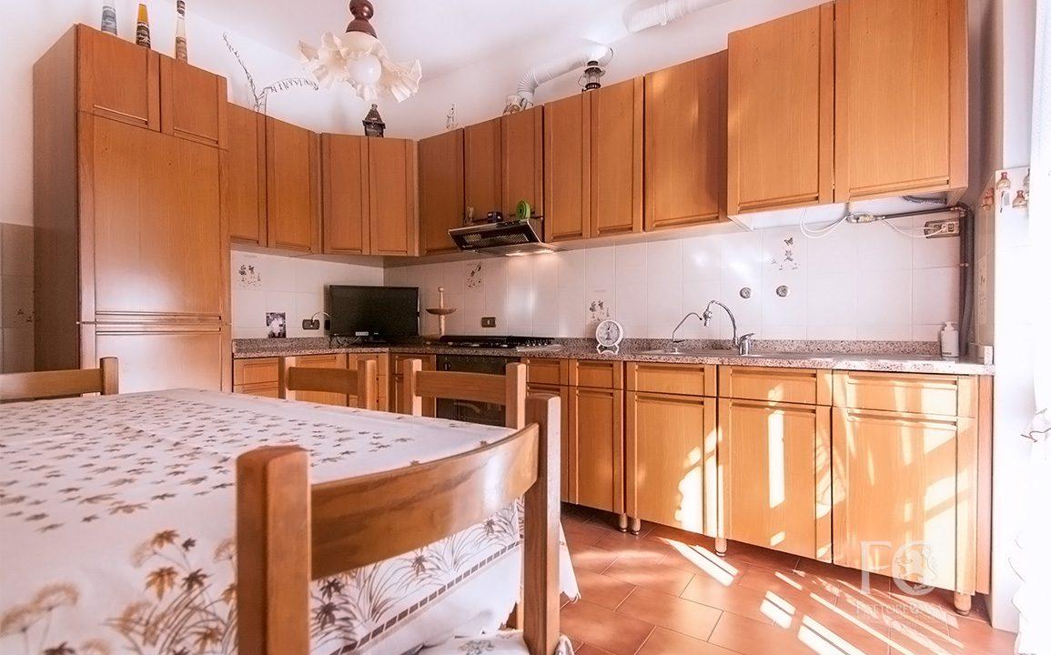 trilocale solaro appartamento vendita