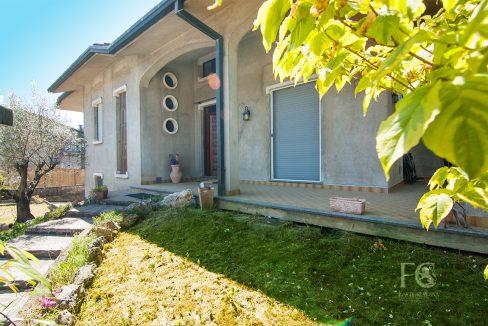 villa vendita cislago