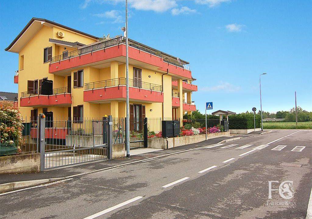 appartamento-trilocale-vendita-cislago-via-sorriso-8