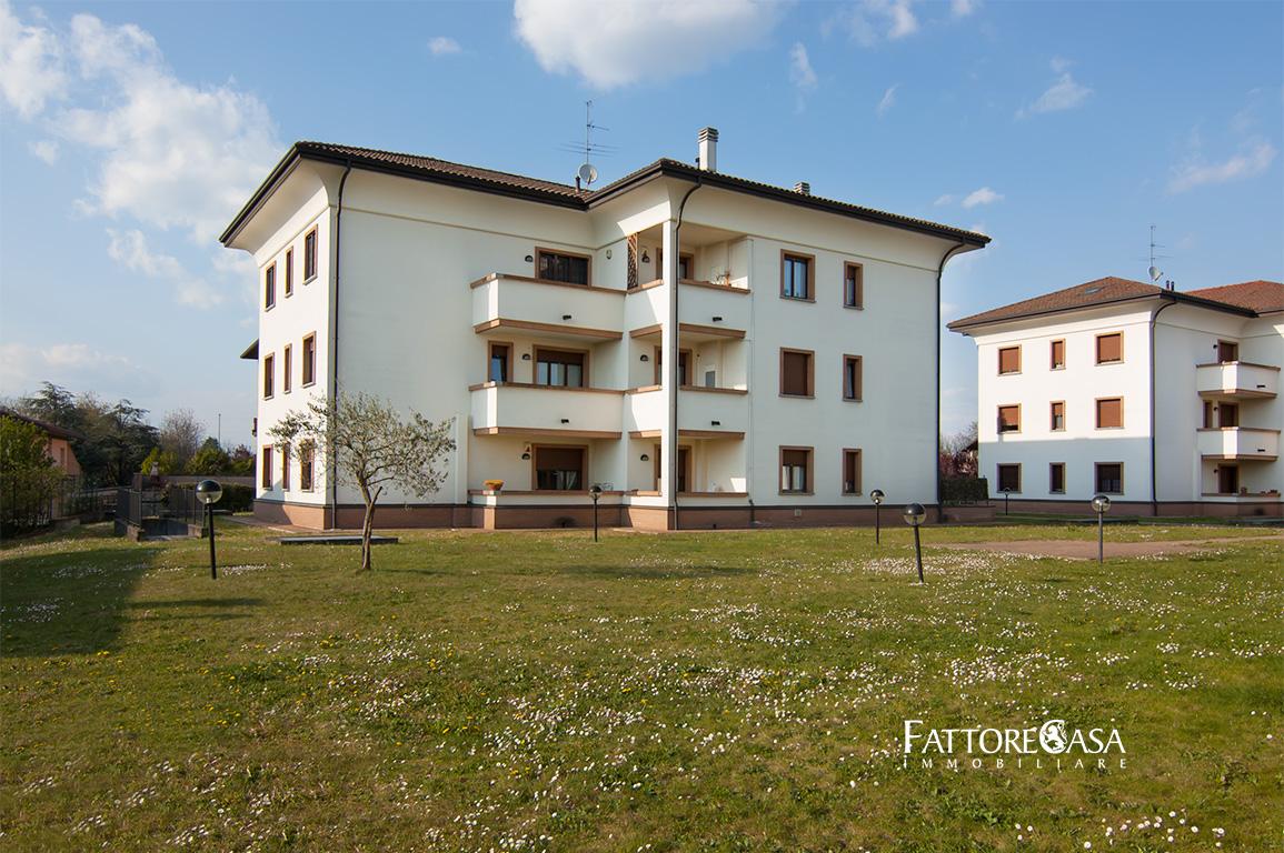 Case a Gorla Minore – Bilocale con Terrazzo di Via Ugo Foscolo