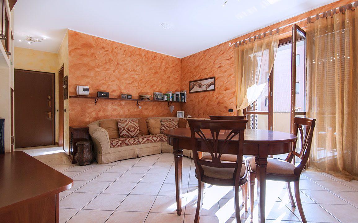 bilocale_turate_terrazzo_balcone_vendita_16