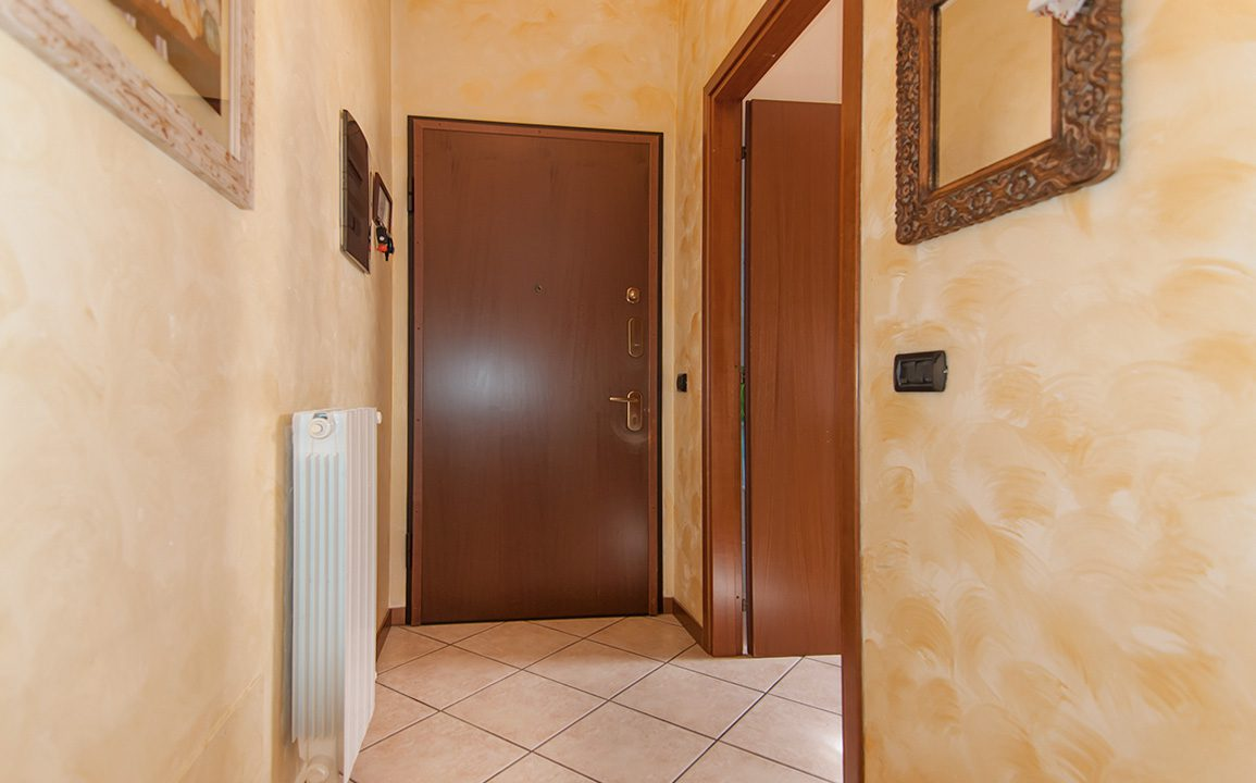 bilocale_turate_terrazzo_balcone_vendita_6