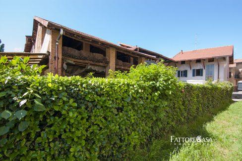 cascina-casale-rustico-terreno-locate-varesino-20