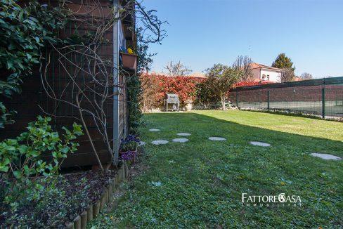 case-limido-comasco-bilocale-giardino-vendita-3
