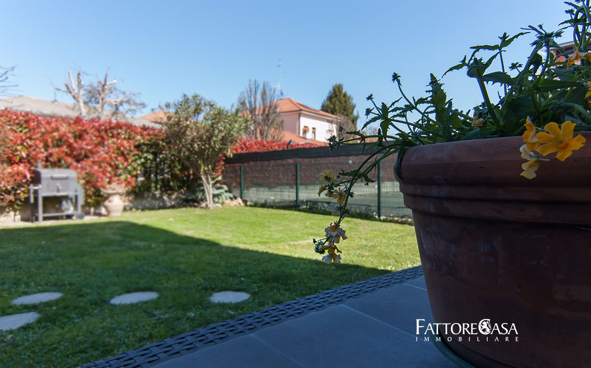 case-limido-comasco-bilocale-giardino-vendita-4