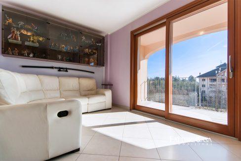 soggiorno con vista terrazzo