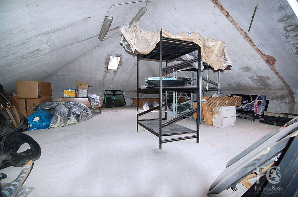 laboratorio-affitto-varesina-cislago-200mq-openspace-4