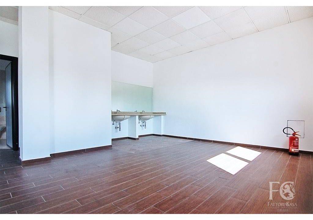negozio-affitto-varesina-cislago-100mq-openspace-10