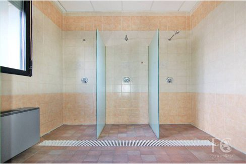 negozio-affitto-varesina-cislago-100mq-openspace-4