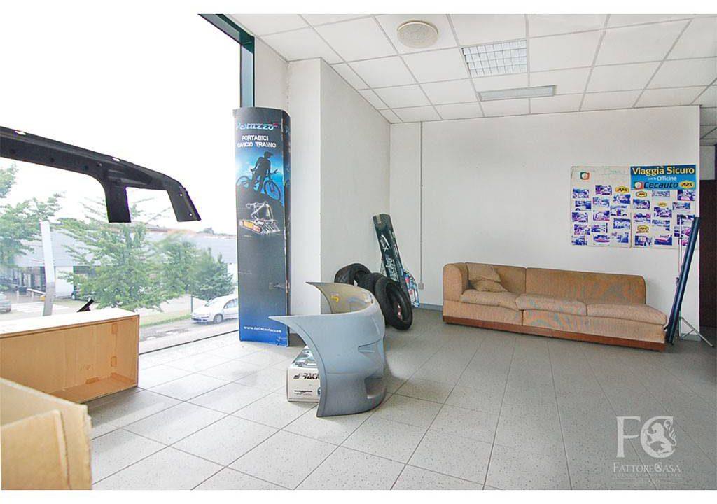negozio-ufficio-affitto-varesina-cislago-170mq-openspace-6