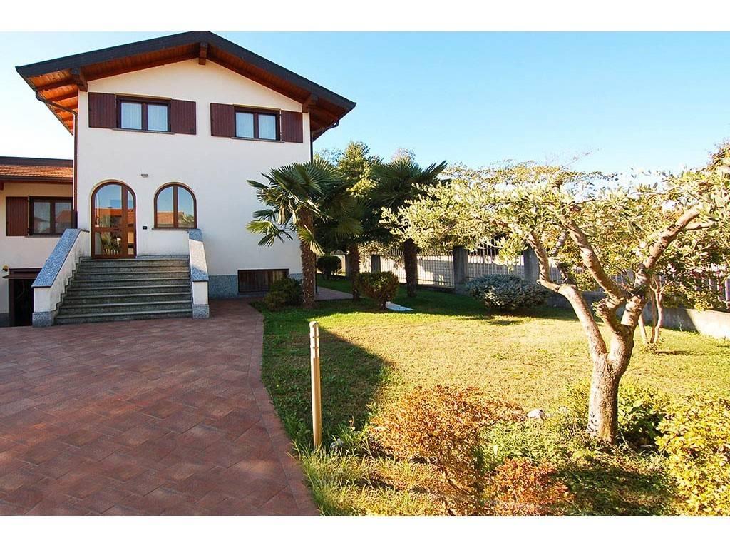 Villa Bifamiliare Limido Comasco